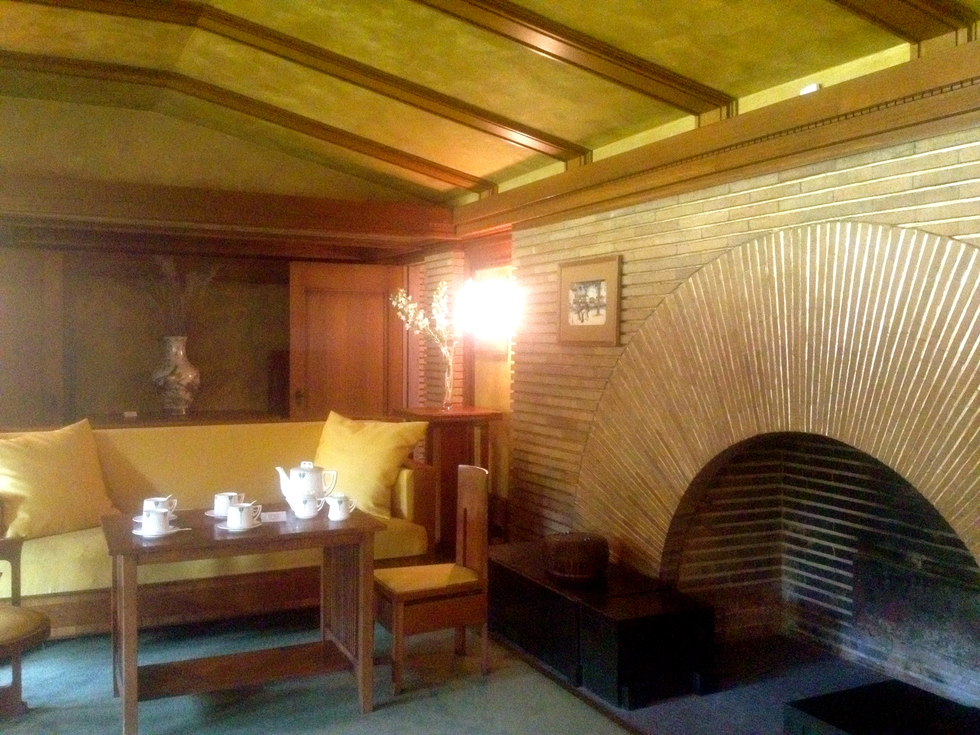 staying over with frank lloyd wright chasing home